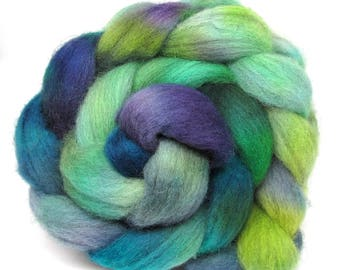 Light Grey Shetland Hand Dyed Roving Combed Wool Top 100g GS03