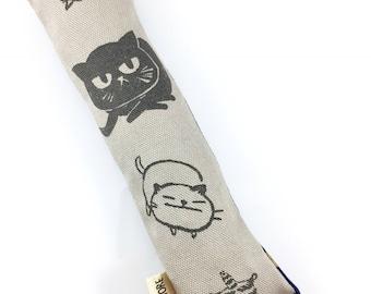 Kitty Cats Crisp Organic Catnip Crinkle Kicker Cat Toy by For Mew