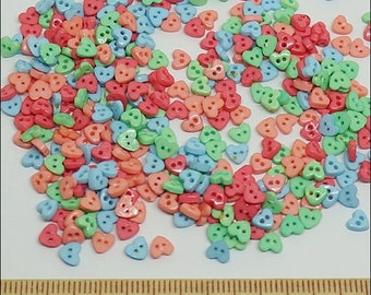 100 pcs Tiny heart shape 4 mm Flat Buttons Mixed Color For Lati / Doll / Scrapbooking Supply