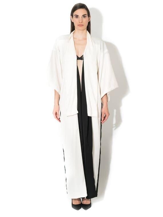 Luxury Kimono, Japanese Kimono, black and white