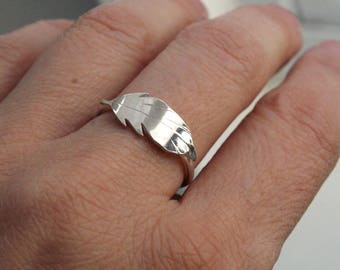 Feather, a woodland ring, simple, silver, shiny