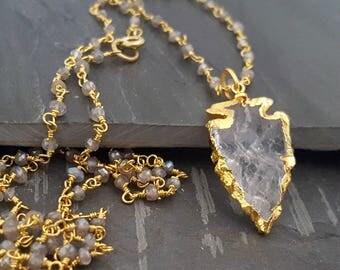 Long Arrowhead Necklace, Long Bead Pendant Necklace, Crystal Arrowhead, Long Gold Layering Necklace, Labradorite Bead, Rosary Chain, Boho