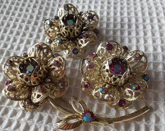 Sweet Vintage Sarah Coventry Flower Clip & Brooch Pin Set