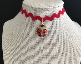 Vintage red rick rack choker with rhinestone lady bug pendant - Necklace, OOAK, gold tone, bug, gift, unique, cool, zig zag,
