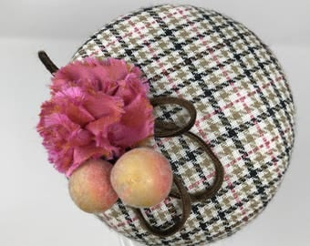 Houndstooth Button Hat Fascinator