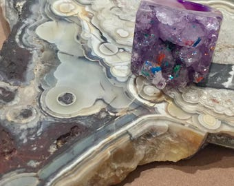 Dara Ettinger DARA Full Stone Druzy Geode Ring in Purple with Rainbow Dazzle finish sz 5
