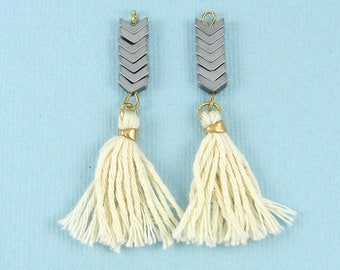 Silver Chevron Earring Dangles, Cream Tassel Earring Findings |WH3-12|2