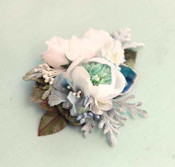 Blue flower hair clip, Floral clip, Small hair clip, Aqua teal and white, flower hair, Bridal hair, Something blue, bridal hair accessory