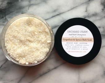 Grapefruit Spruce Bath Soak// Relaxation