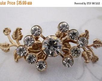 ON SALE vintage cut crystal rhinestone gold tone flower spray brooch pin - j5852