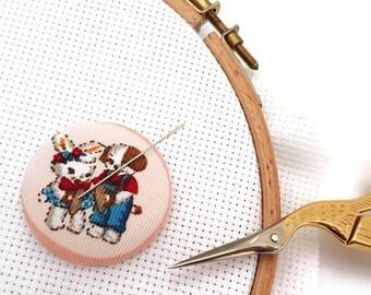 Needle Minder-Reversible Needleminder-Magnetic Bunny Puppy Needle minder for Cross Stitch-Embroidery-Quilting-Sewing-Needlepoint-Diamond