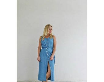 ON SALE 1990s Denim Button Dress /// Size Small to Medium