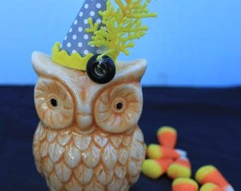 Vintage Style Halloween - Ceramic Owl Figure with Witch Hat, Yellow Sprig