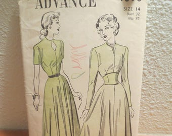 Advance Pattern 4898 / Size 14 Bust 32 Hip 35 / Misses Dress /Unprinted pattern / 1940s pattern / pattern instructions