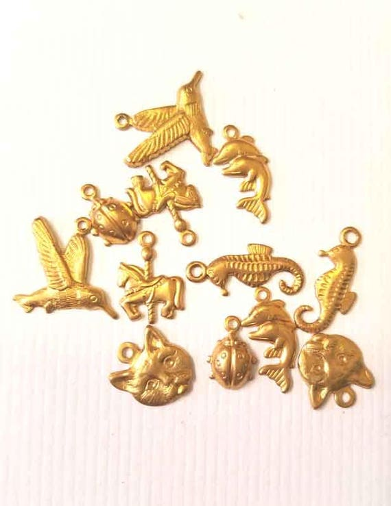 12 brass animal insect metal charms vintage gold tone nature charms lot  10mm to 15mm cat birds ladybugs jewelry findings