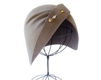 Cloche Hat Flapper Hat Great Gatsby Hat Women's Felt Hat Hand Draped 1920s Cloche Hat Fall Hat Evening Hat 1930s Cloche Jazz Age Hat