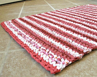 """Eco crocheted rag rug, mat, runner, rectangle, retro red, pink, white, stripe, cottage, country, farmhouse, 21"""" X 27"""""""