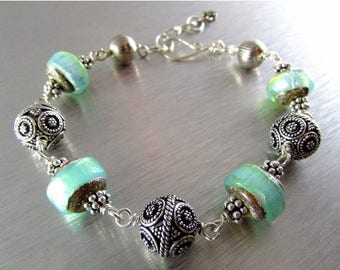 25 OFF Chunky Lampword Bead And Artisan Sterling Silver Bali Bead Bracelet