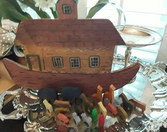 Vintage Noah's Ark Hand Painted Primitive Wood with Animals