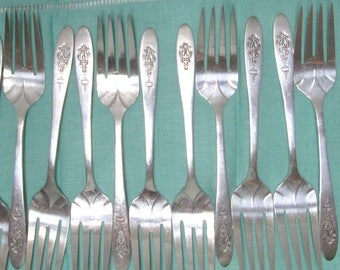 Silver Dessert Forks 12 Wedding Reception Tea Party Luncheon Salad Fork Bird of Paradise Community Silverplate Flatware Oneida Mix Match Lot