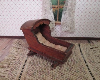 """Vintage Tynietoy Dollhouse Furniture - New England Cradle - 1"""" Scale"""