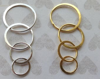 Eternity Infinity Circle Link Connectors, Four Linked Circles Charm Pendant, Sterling Silver or 24k Gold Vermeil, 48x20 mm, art hp
