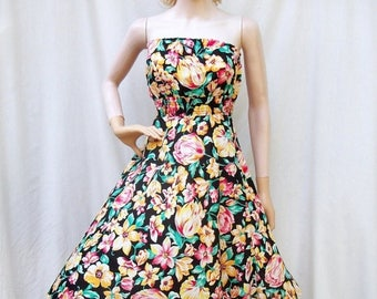 SALE 80s Strapless Floral Sun Dress size Small Extra Small/ Smocked/ Full Skirt Dress