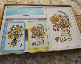 Vintage Playing Card Ensemble complete set country flower design with Bridge score book