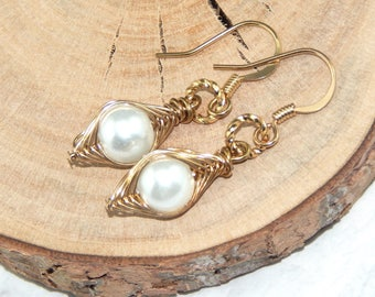 One Pea In A Pod Earrings,Pea Pod Earrings,Peas In A Pod,Choose Your Color Pearl and Metal