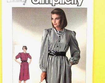 ON SALE Simplicity 7276 Uncut Classic Pullover Dress pattern from the 80's.. Easy to Sew.  Vintage Sewing Pattern