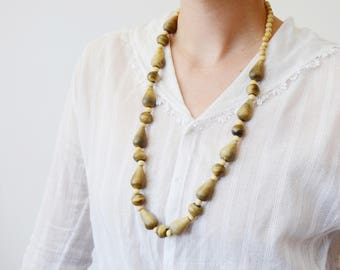 1980s Light Wooden Necklace