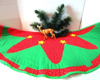 Vintage Handmade Christmas tree skirt, Large Reversible, Applique Trees w/ Primitive Stitches on Stars, Back Small Rose Print, Old Fashioned