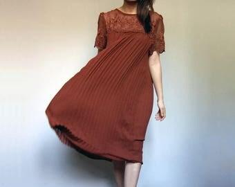 70s Tent Dress Burnt Orange Lace Dress Short Sleeve Accordion Pleat Dress Sheer Vintae Fall Dress - Medium to Large M L