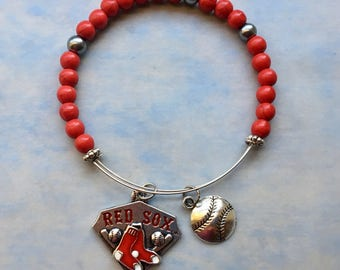 Boston Red Sox baseball Memory wire expandable bracelet, 2.5 diameter, red and silver beads