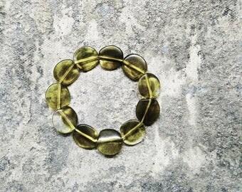 Vintage Bracelet. Lucite Bracelet. Vintage Green Bracelet. 1950s Bracelet. Olive Green Bracelet . Vintage Jewellery. Vintage Bangle Bracelet