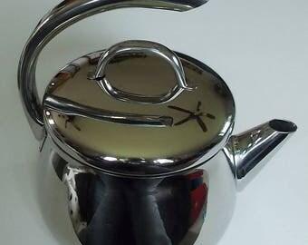 Vintage Estia Vulcano Stainless Steel Tea Kettle, Copper Tri Ply Bottom, 2.2 Qt. Tea Pot, Coffee Pot, Manufactured In Korea, Great Condition