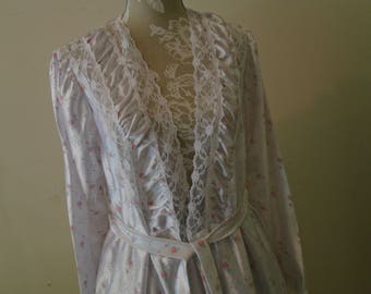 White   Flower Print   Lace trimmed Belted  Long Robe Size M