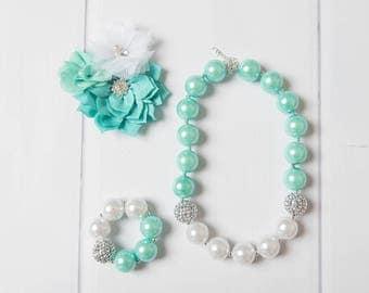 Mint necklace, white bubblegum necklace, little girl necklace chunky bead necklace, bubble gum necklace, toddler necklace baby girl necklace