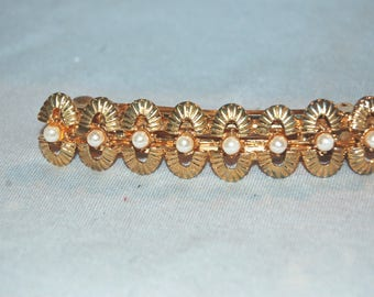 Large Gold Barrette / Pearls / Hair Clip / Metal / old jewelry