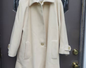 1980s Fleurette of california   cashmere / wool  off white swing coat  lingenfelter-brill