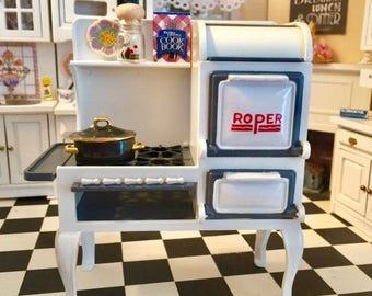 SALE Miniature Roper Range, 1920s Stove, Cast Iron Kitchen Stove, Dollhouse Miniature, Dollhouse Kitchen Furniture, 1:12 Scale, Retro Stove