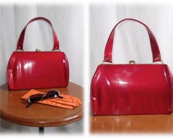 Vintage 1950's-1960's CHERRY RED Patent Leather Vinyl Purse/Handbag w/Matching Mini Notepad & Pencil