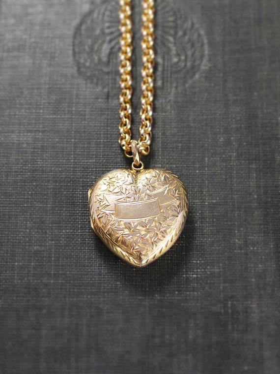 Antique Gold Heart Locket Necklace & 9ct Belcher Chain, Hand Chased Edwardian Victorian Photo Pendant - Bejeweled