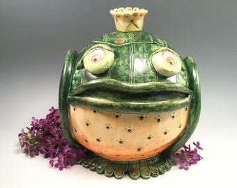 Frog cookie jar/cookie jar/handmade cookie jar/my froggy stuff/frogs/canister/whimsical pottery/bridal shower gift/frog prince/frog king