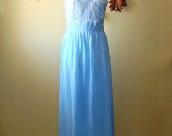 Pale Blue Vintage Dress Long Gown Sheer Lace Bodice Sweetheart Bust Open Back Gathered Waist Straight Skirt L
