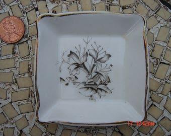 Antique Adamantine Porcelain Open Salt Cellar - Lovely