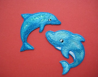 SALE~ Set of 2 pcs Iron-on embroidered Patch Dolphin 2.5 inch