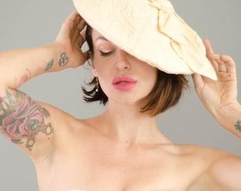 40% OFF SALE - Vintage 1940's Ivory Tilt Bow Beret Hat