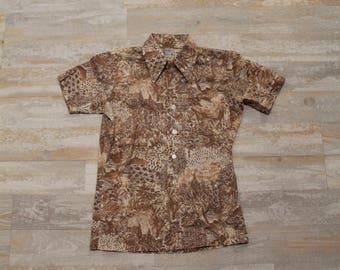 1970's JCPenney Big Collar Boys Flower Print Shirt, Disco Collar Shirt, Boys Button Up Shirt, Short Sleeve Shirt, Butterfly Collar Shirt