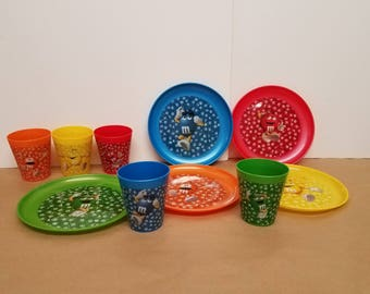 M & M Plate and Cup Set